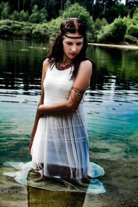 See weißes Kleid